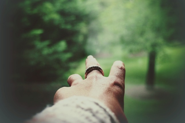 La main...